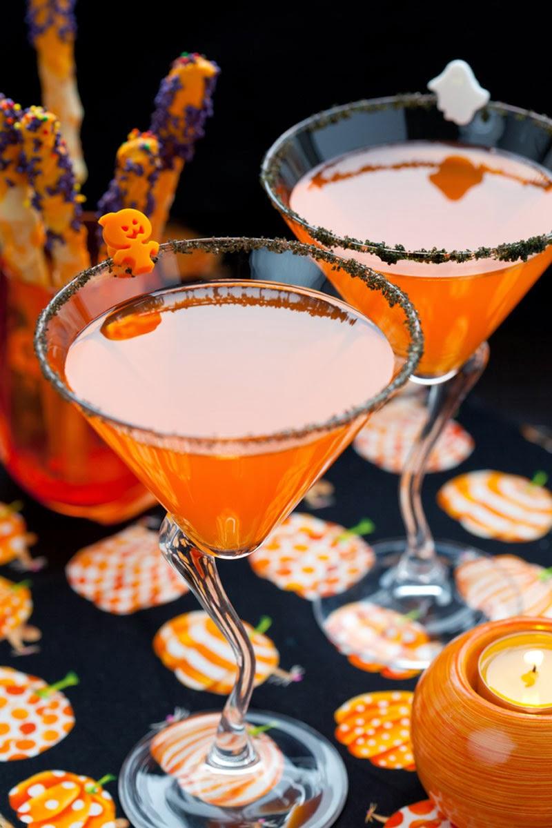 napitki-na-khehllouin-podacha-k-stolu