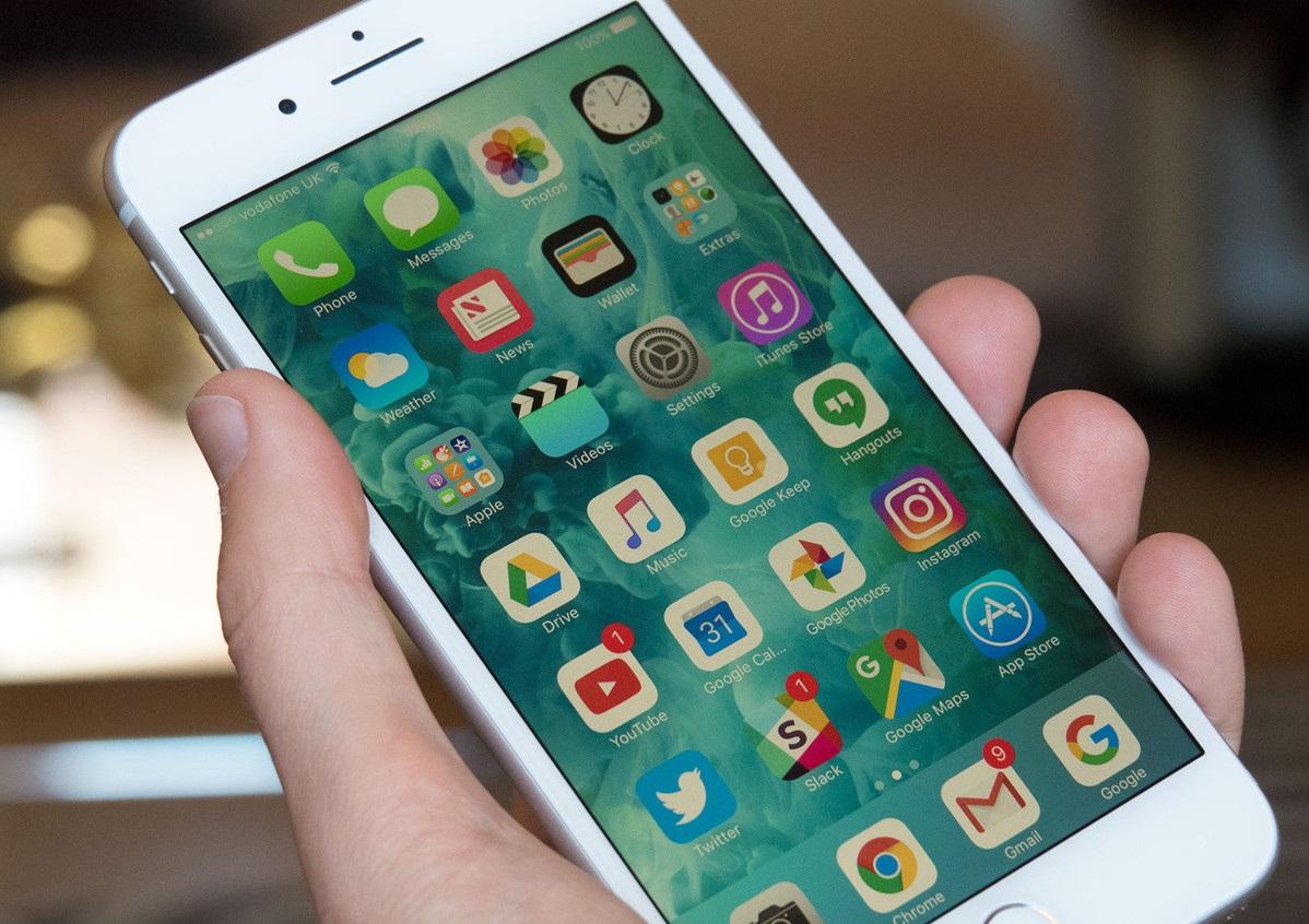 obzor-iphone-7-plus-glazami-polzovatelya-android-displejj