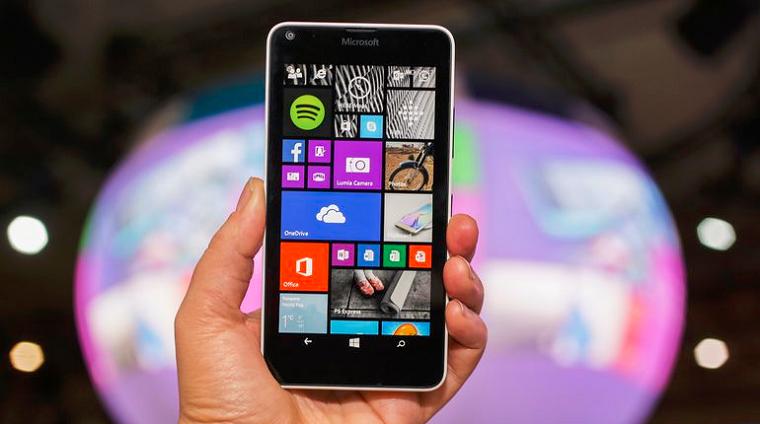 papka-foto-top-10-smartfonov-lumia-640