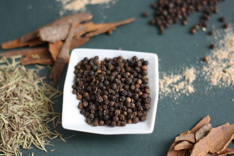 chernyjj-perec-ingredient