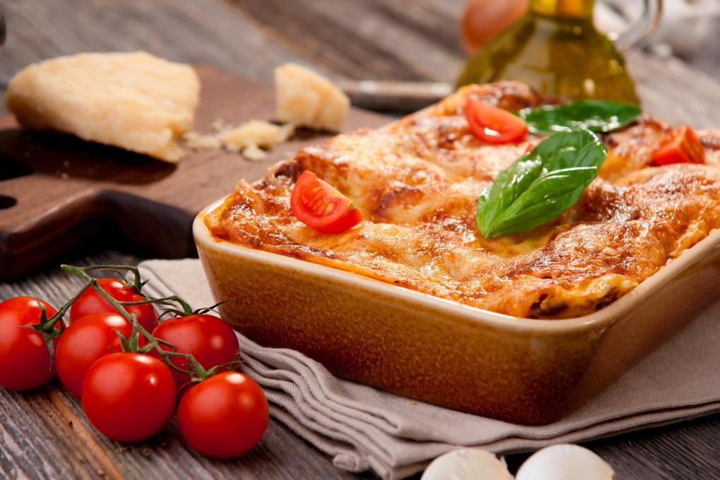 фото Лазанья-подача блюда