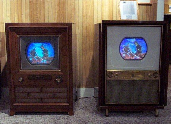 papka-foto-jvc-vozvrashhenie-legendarnogo-brenda-pervyjj-cvetnojj-televizor