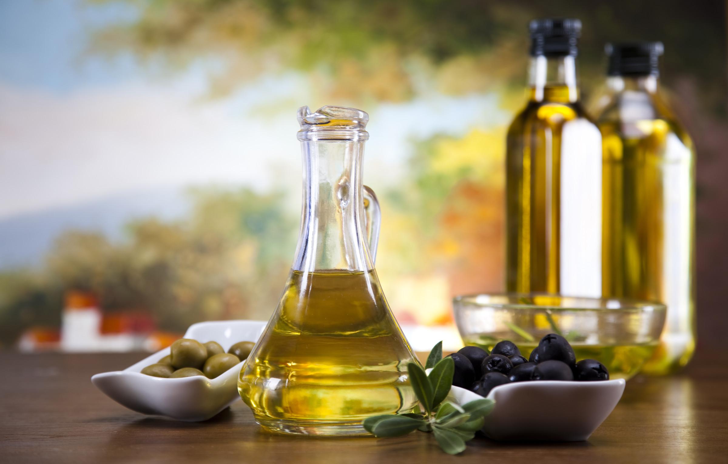 papka-foto-produkty-noyabrya-pitanie-po-sezonu-olivkovoe-maslo