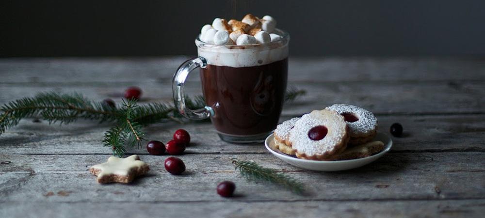 shokoladnyjj-napitok-podacha