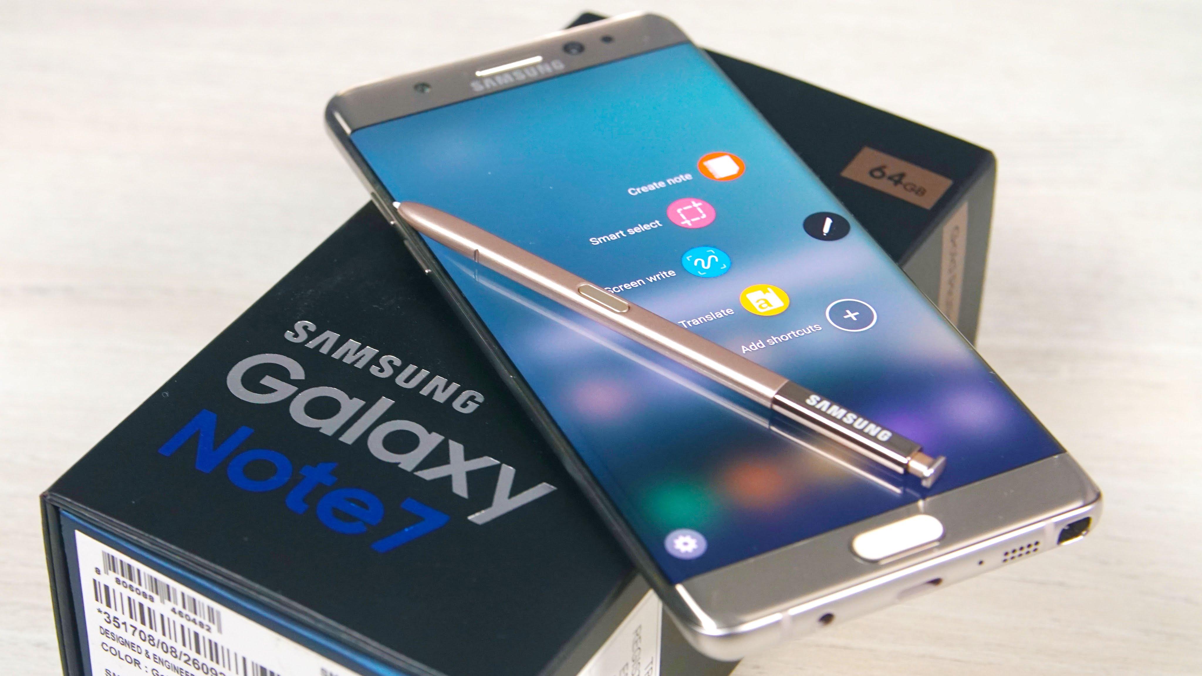top10-samykh-neudachnykh-smartfonov-samsung-galaxy-note-7-s-upakovkojj