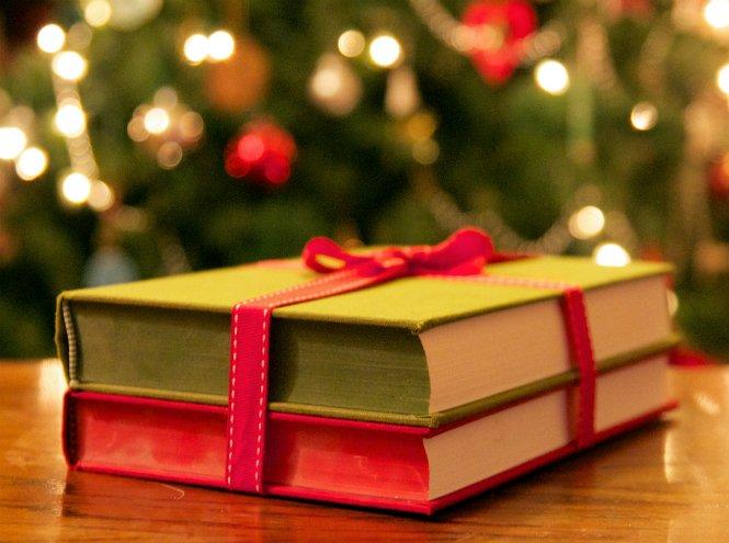 chtenie-knig-kak-sozdat-novogodnee-nastroenie