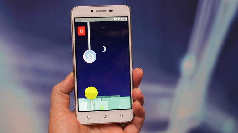 luchshijj-smartfon-v-podarok