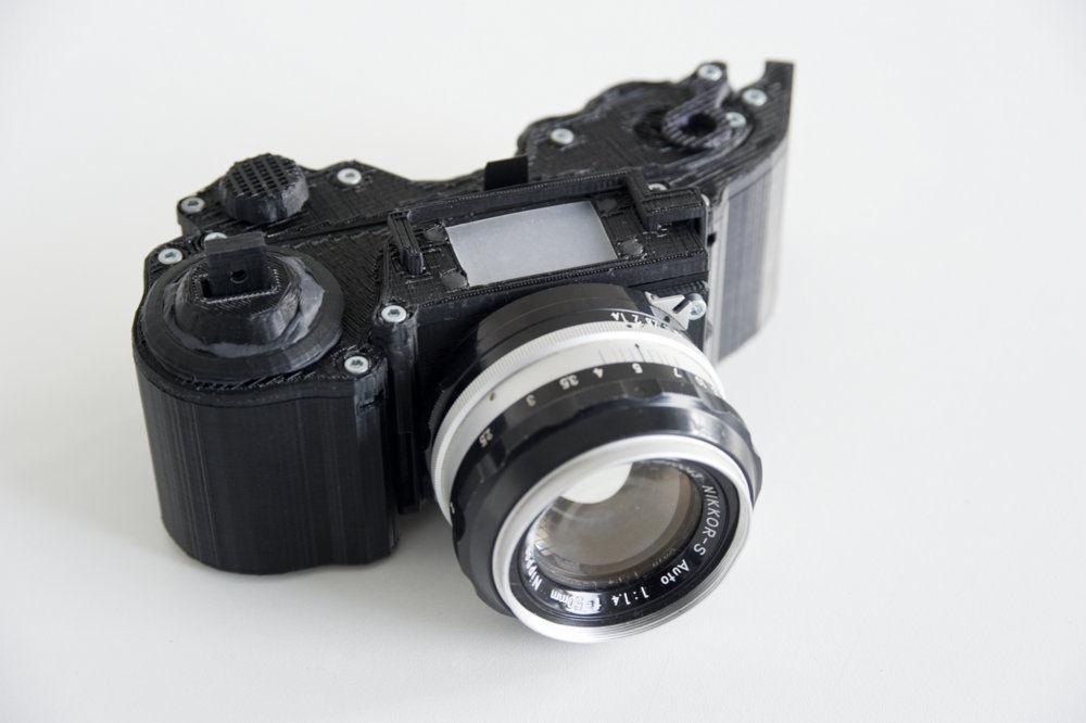 papka-foto-3d-printer-chto-umeet-ehta-dikovinka-zerkalka