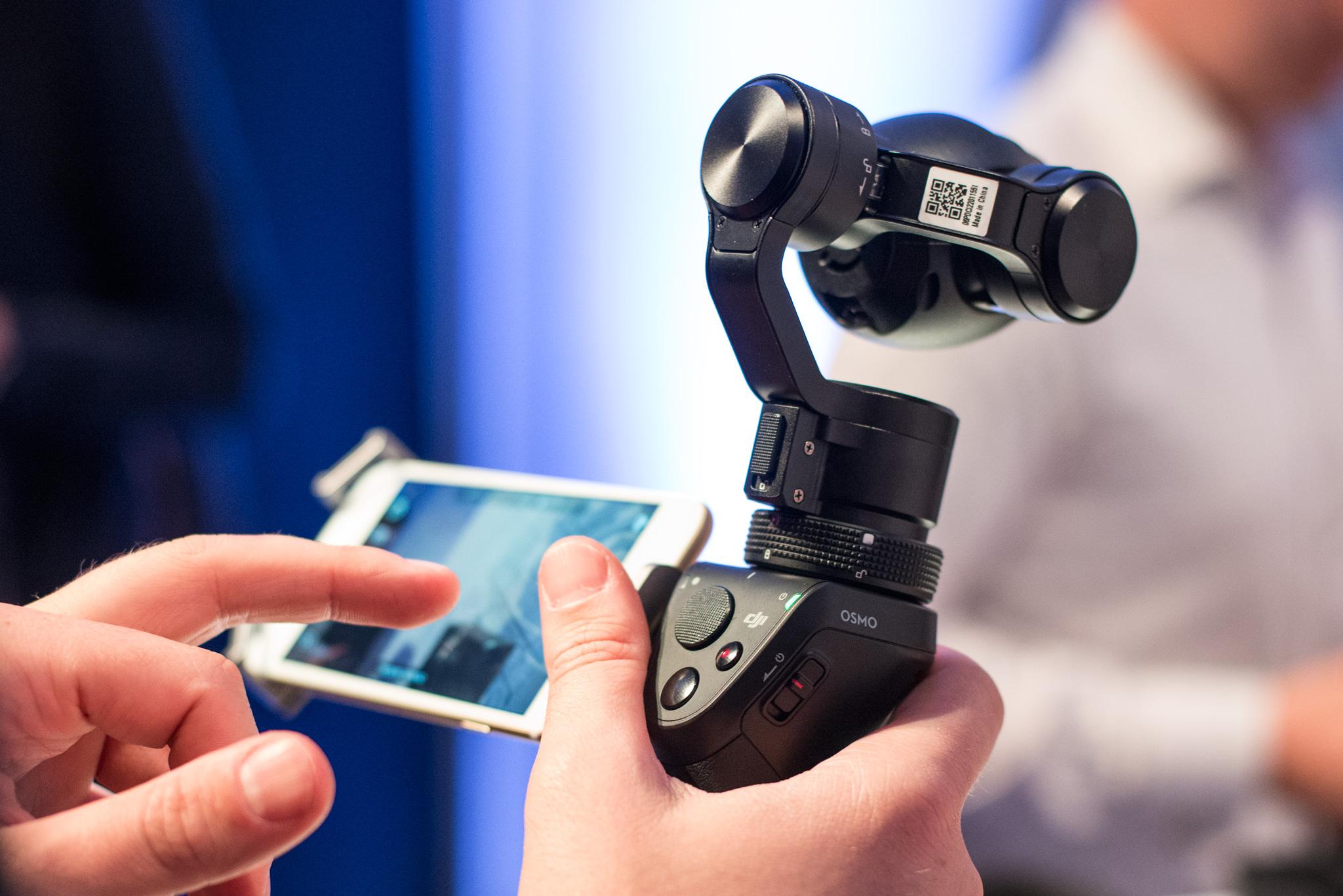 papka-foto-dji-istoriya-uspekha-nebesnykh-perfekcionistov-dji-osmo-i-smartfon