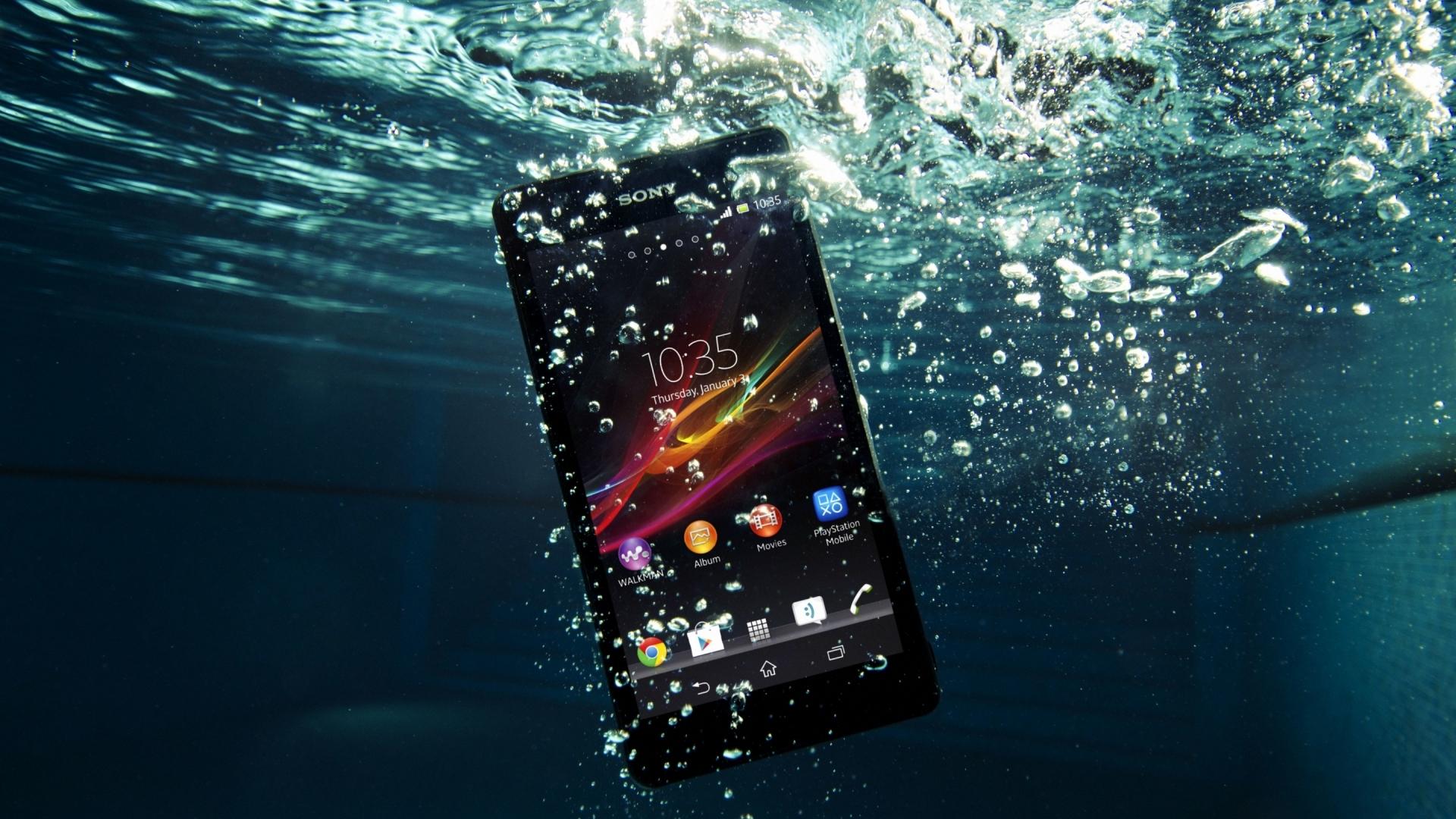 top10-smartfonov-po-nominaciyam-smartfon-pod-vodojj