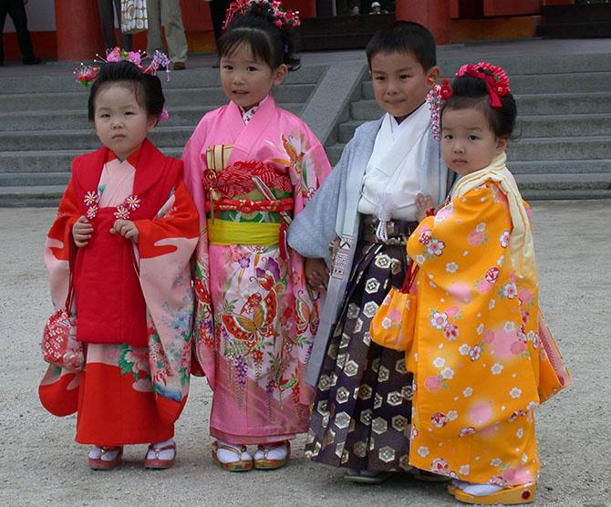 yaponskie-deti-kimono