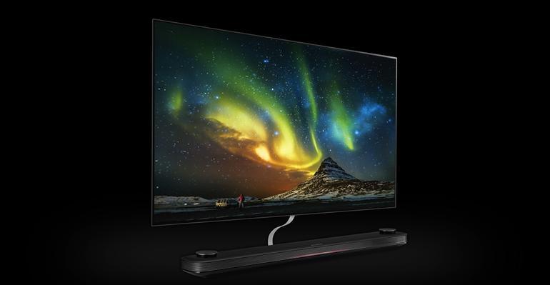 ces-2017_novejjshie-televizory-televizor-lg-signature-s-saundbarom