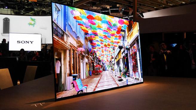 ces-2017_novejjshie-televizory-televizor-sony-bez-dinamikov