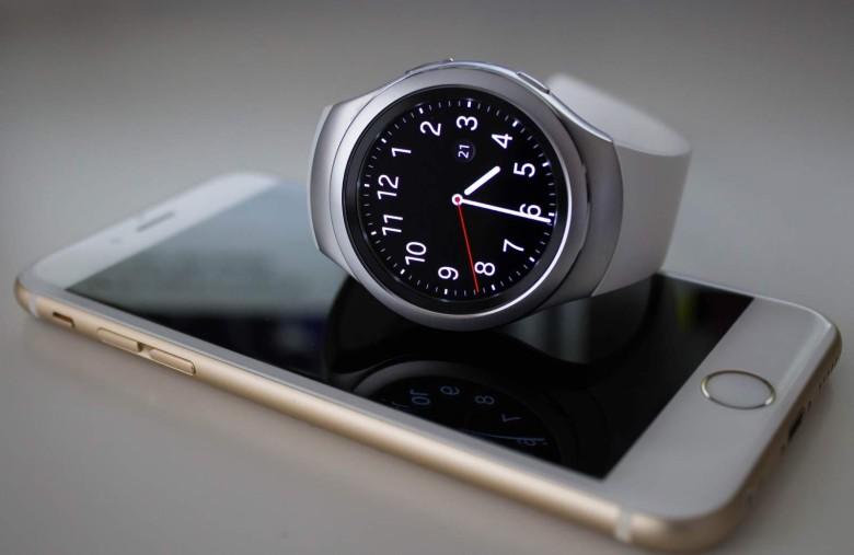 osobennosti-ispolzovaniya-smart-chasov-samsung-gear-s3-s-iphone-predislovie