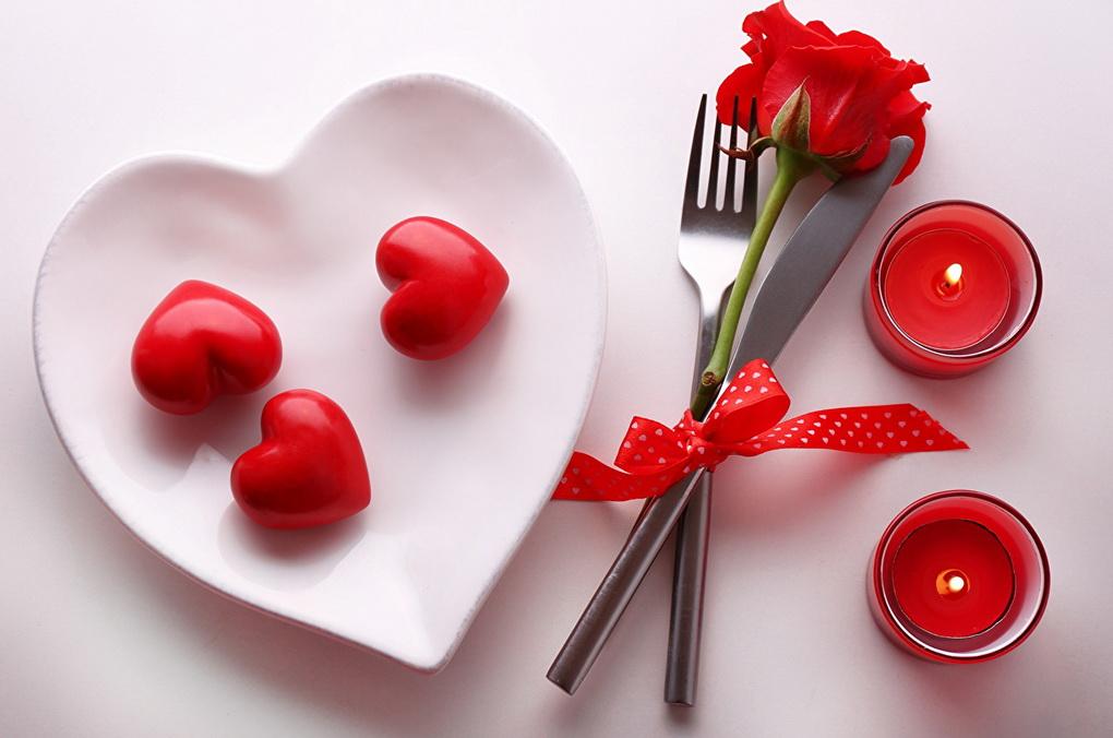 valentines-day-romanticheskijj-uzhin-i-svechi