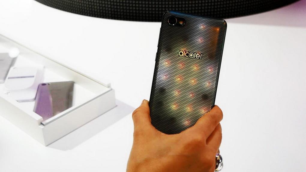 alcatel-a5-led-svetyashhijjsya-telefon