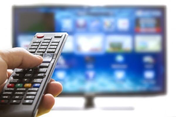 kak-nastroit-smart-tv-samostoyatelno-pult-upravleniya