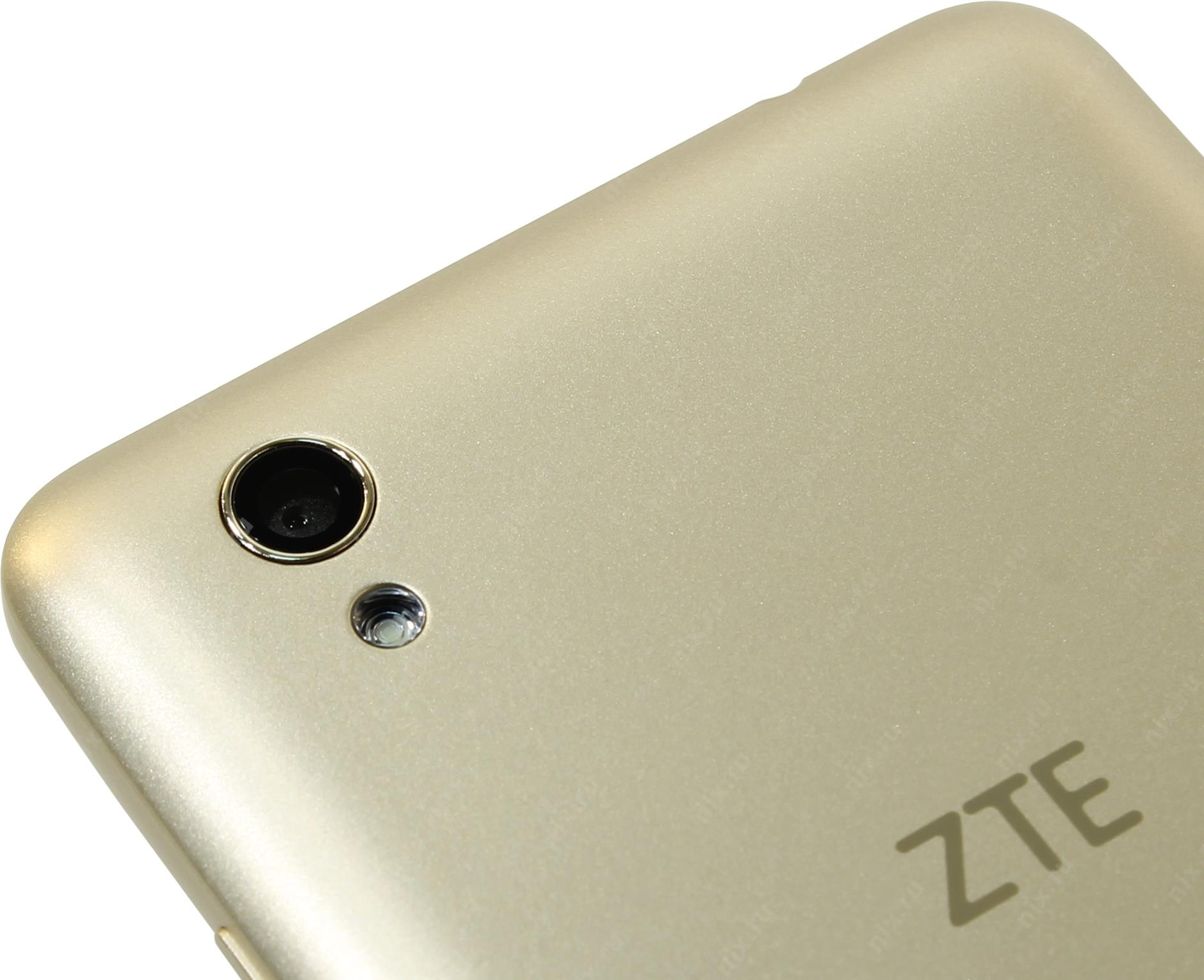 luchshie-smartfony-na-android-zte-blade-x3-kamera
