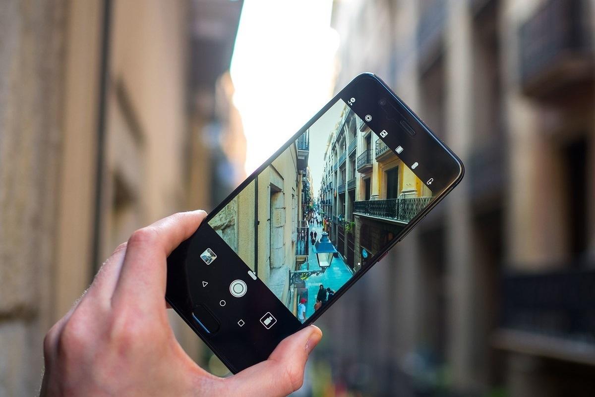 или картинка с монитора в смартфоне наш специальный