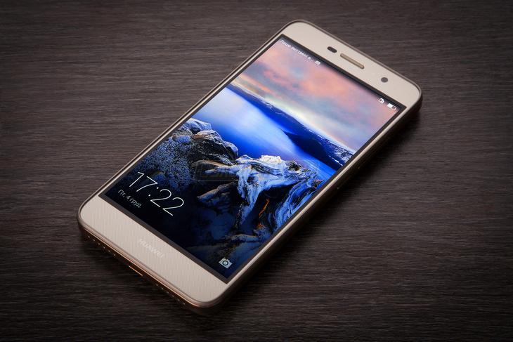 razbiraemsya-v-linejjkakh-smartfonov-huawei-smartfony-huawei-y6-pro