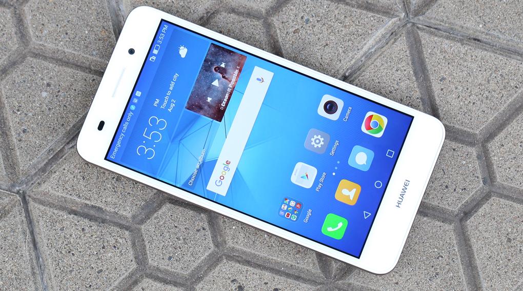 razbiraemsya-v-linejjkakh-smartfonov-huawei-smartfony-huawei-y6ii