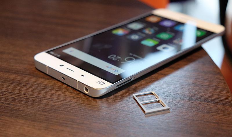 top5-smartfonov-kotorye-podesheveli-v-2017-godu-xiaomi-mi5