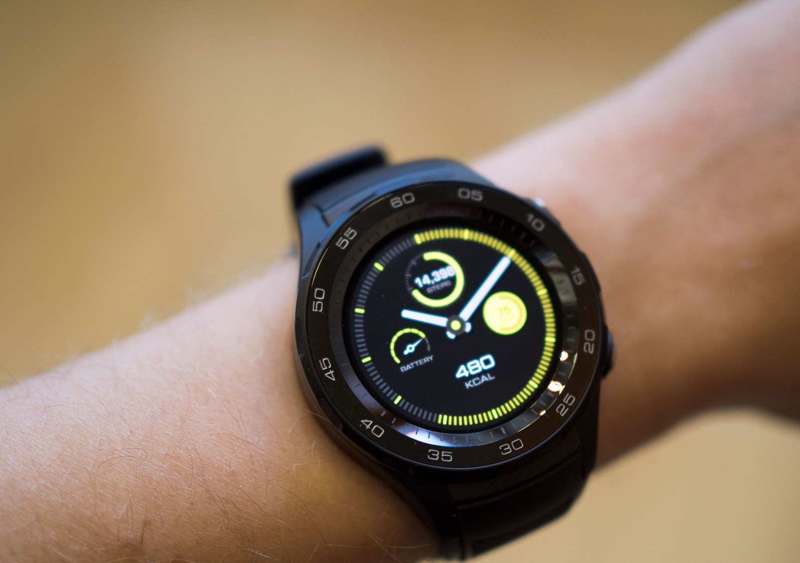 hw-watch-2-4