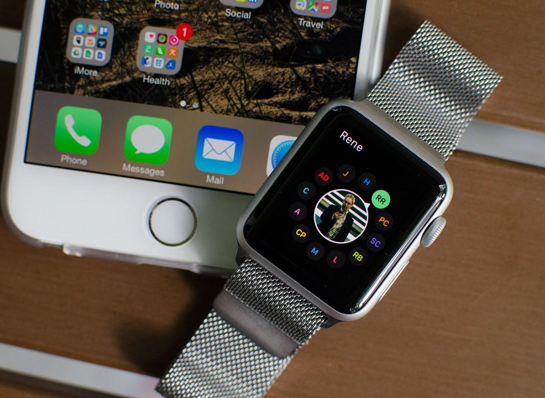 papka-foto-kak-nastroit-i-ispolzovat-apple-watch-okonchatelnoe-rukovodstvo-apple-watch-friends-iphone-hero