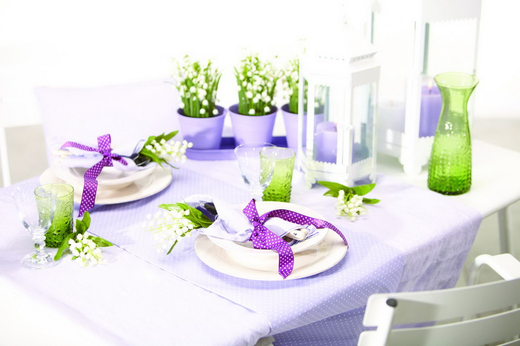 cvety-na-stole-servirovka