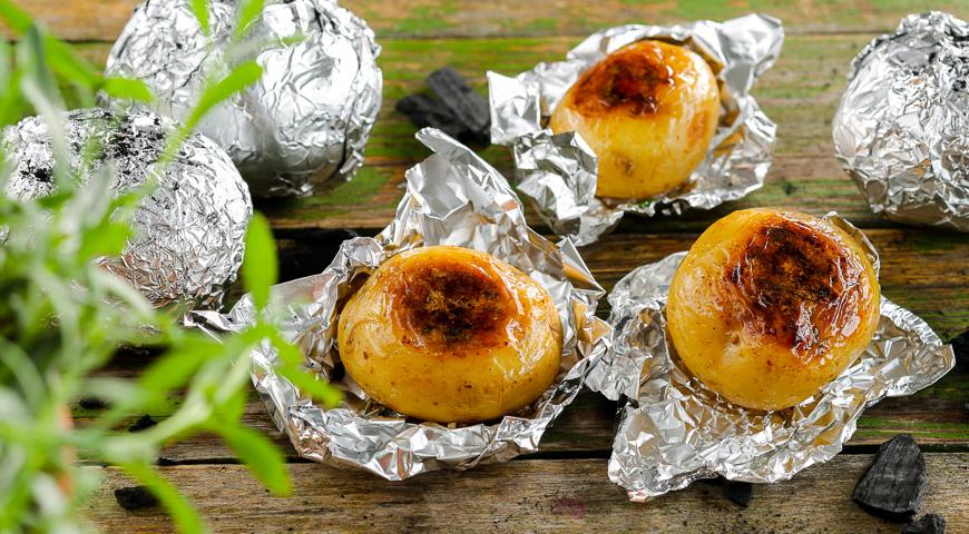 kartofel-v-folge-podacha