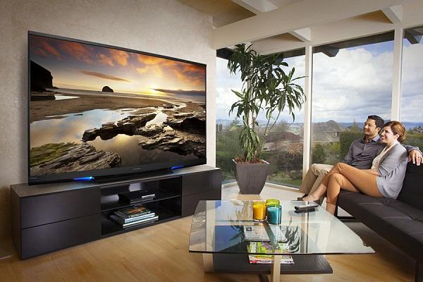 top5-bolshikh-no-nedorogikh-televizorov-bolshojj-televizor-doma
