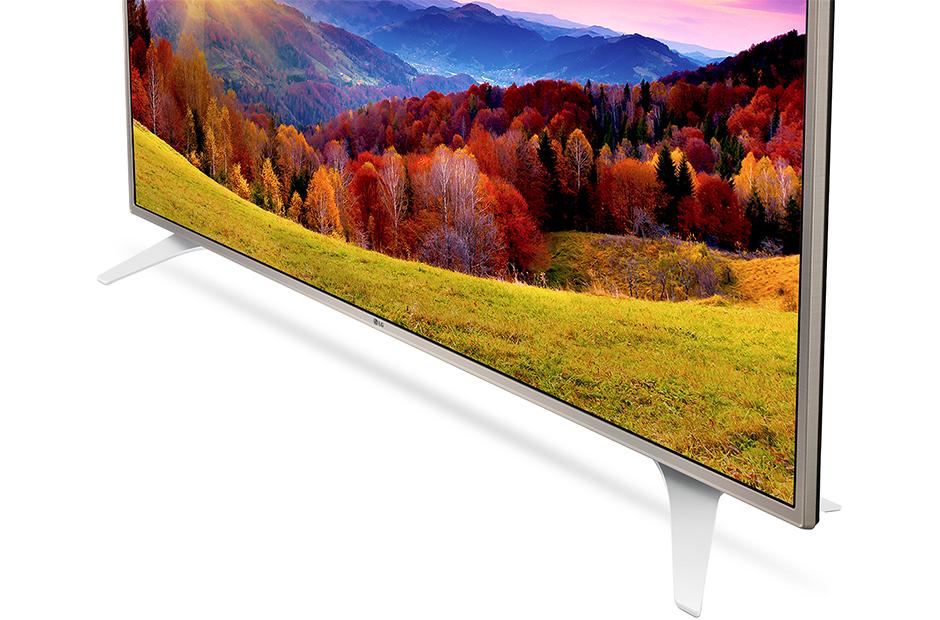top5-bolshikh-no-nedorogikh-televizorov-televizor-lg-nizhnyaya-panel