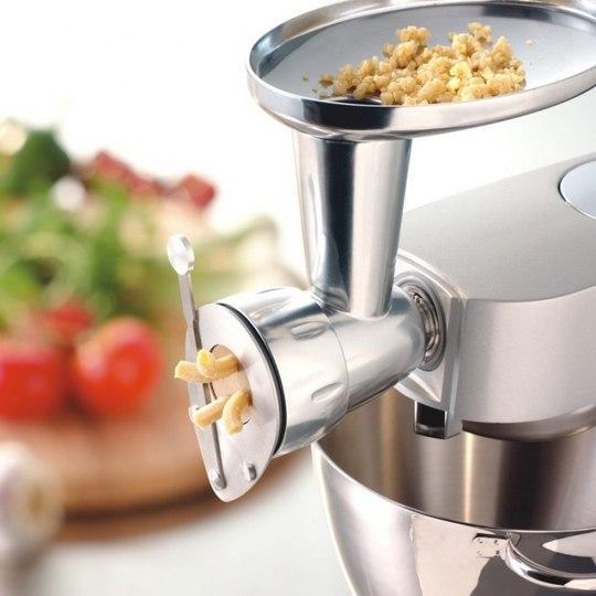 Дополнительный арсенал для кухонных машин - насадка для макаронных изделий