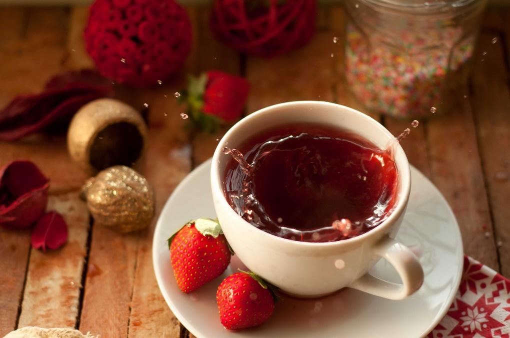 Кофе с клубникой-подача