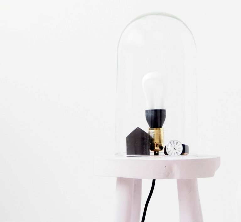 Лампа-стол-идеи для современного дома