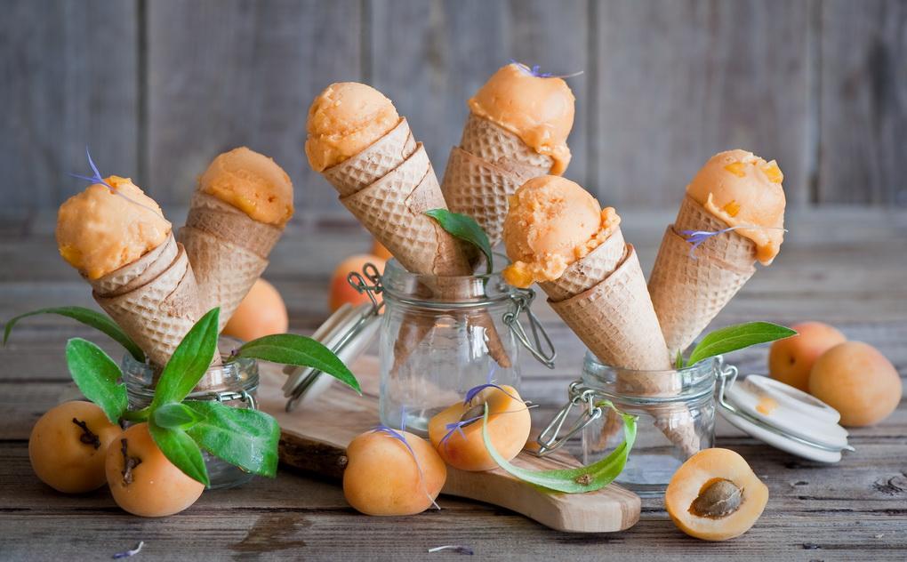 Мороженое фруктовое-абрикосовое