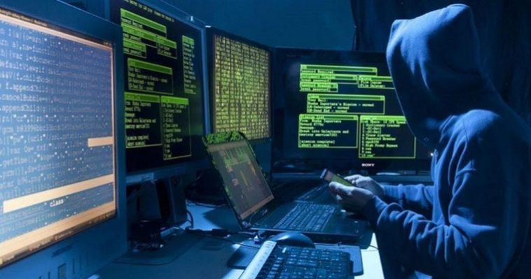 Украину накрыла мощная хакерская атака - главное фото