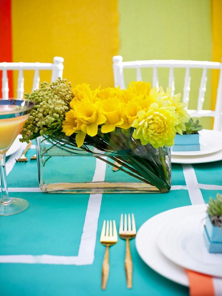 Декоративные цветы на стол