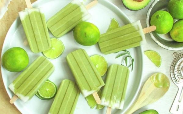 Авокадо и лайм-фруктовый лед