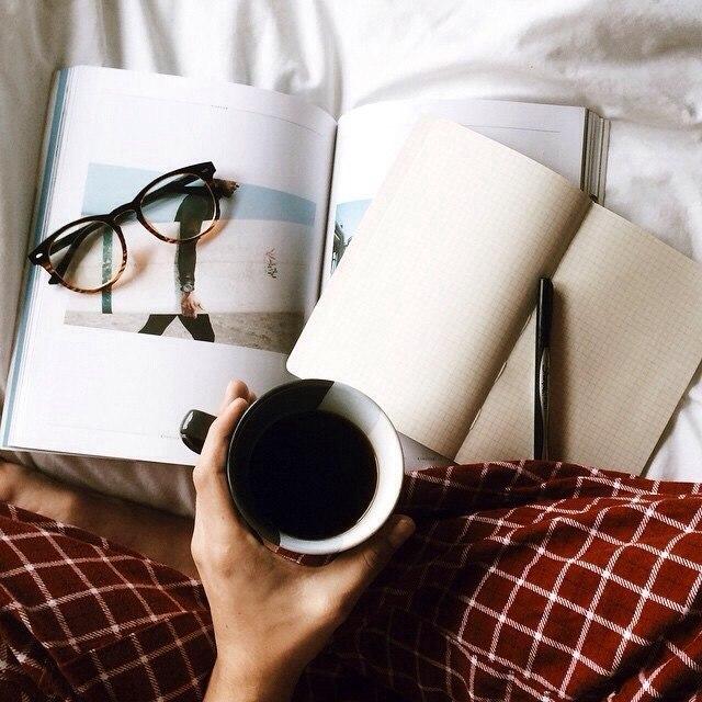 Чтение в пижаме
