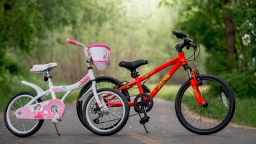 Новый безопасный велосипед для поездок по городу.