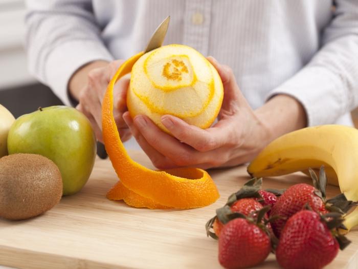 Папка «Фото», Все, что нужно знать о вреде и пользе любимых соков – чистить фрукты