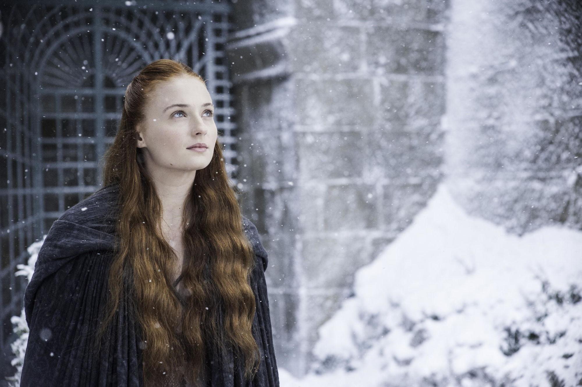 Папка «Фото», Зима пришла! Все, что нужно знать об Игре престолов – Санса Старк.