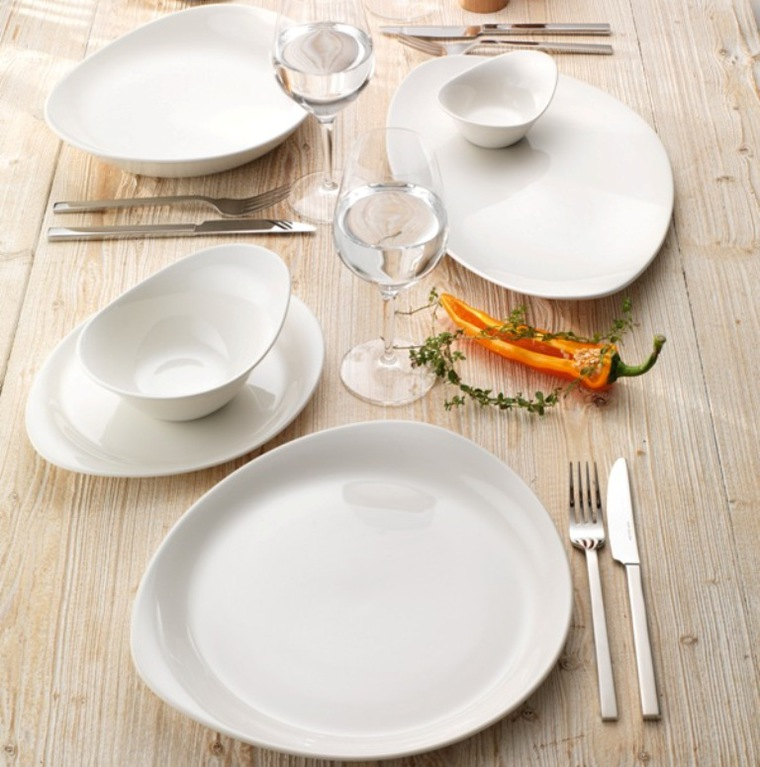 Фристайл-сервировка стола посуда