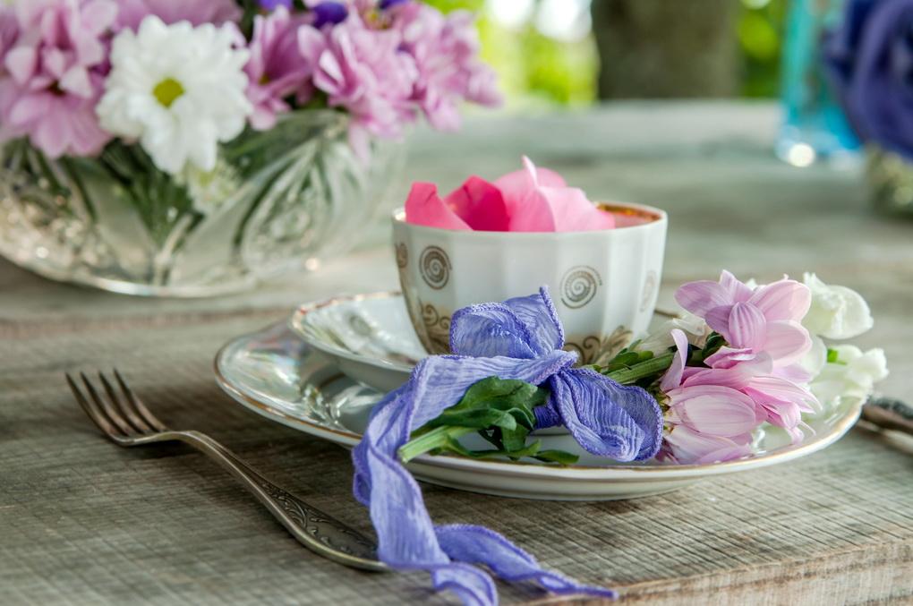 Летняя сервировка-цветы