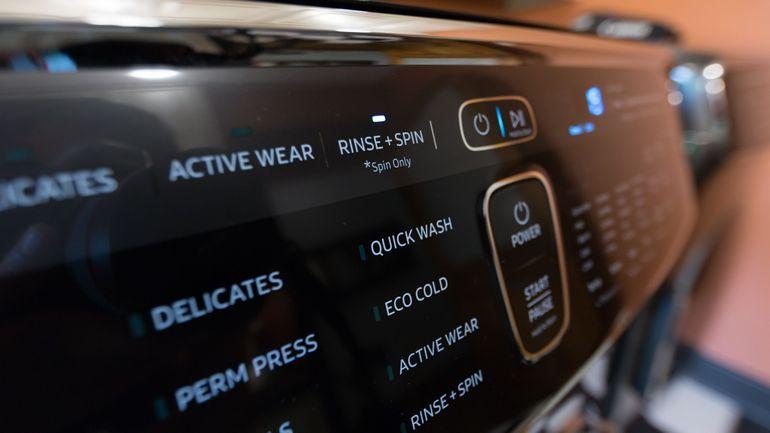 Обзор стиральной машины Samsung WW70K62E69WDUA - панель управления стиральной машиной