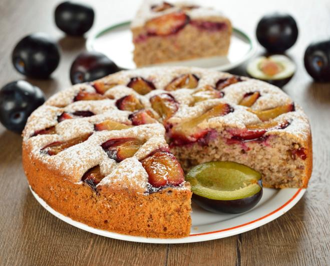 Сливовый пирог-как подать