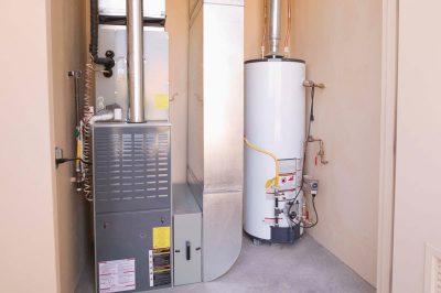 Газовый водонагреватель (газовая колонка)
