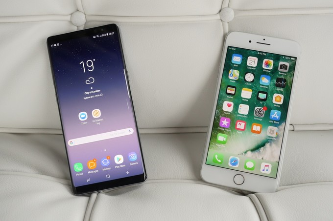 Galaxy Note 8 против iPhone 7 Plus битва флагманов - ожидания