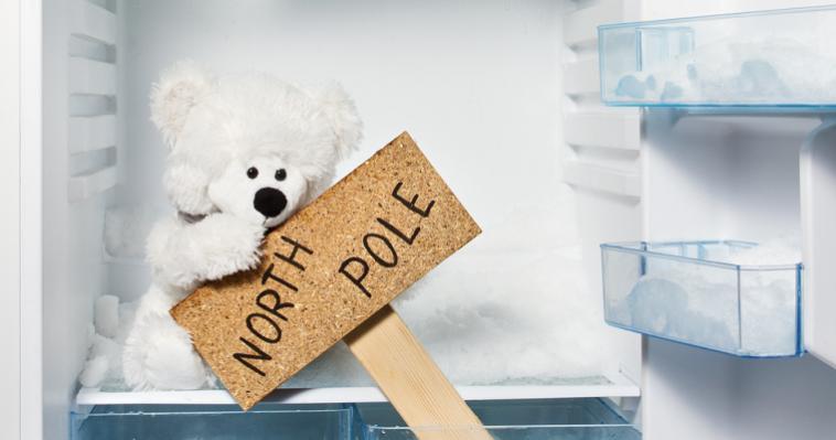Как правильно и безопасно разморозить холодильник
